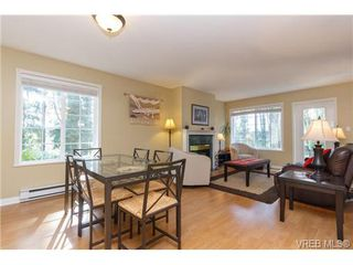 Photo 4: 4 14 Erskine Lane in VICTORIA: VR Hospital Townhouse for sale (View Royal)  : MLS®# 349301