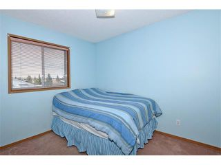 Photo 7: 27 RIVERCREST Circle SE in Calgary: Riverbend House for sale : MLS®# C4006611