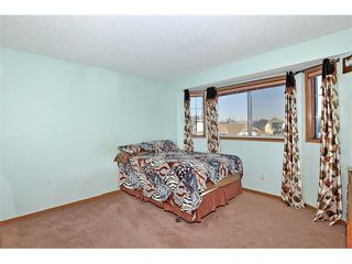 Photo 9: 27 RIVERCREST Circle SE in Calgary: Riverbend House for sale : MLS®# C4006611