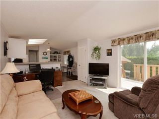 Photo 2: 65 2587 Selwyn Road in VICTORIA: La Mill Hill Manu Single-Wide for sale (Langford)  : MLS®# 353778