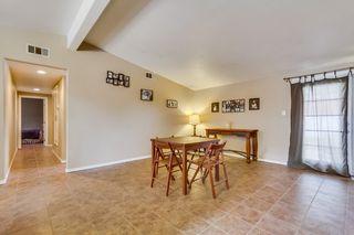 Photo 5: LEMON GROVE House for sale : 3 bedrooms : 2613 Nida