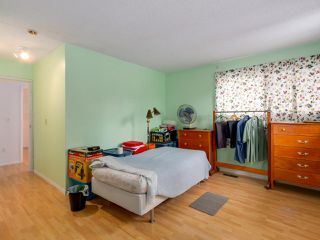 Photo 10: 3018 MAPLEBROOK Place in Coquitlam: Meadow Brook House for sale : MLS®# R2042600