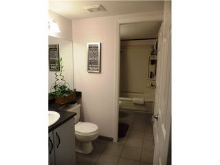 """Photo 11: 307 932 ROBINSON Street in Coquitlam: Coquitlam West Condo for sale in """"THE SHAUGHNESSY"""" : MLS®# R2064761"""