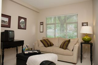 "Photo 10: 305 2059 CHESTERFIELD Avenue in North Vancouver: Central Lonsdale Condo for sale in ""Ridge Park Gardens"" : MLS®# R2076496"