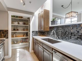 """Photo 5: 205 669 W 7TH Avenue in Vancouver: Fairview VW Townhouse for sale in """"THE IVY'S"""" (Vancouver West)  : MLS®# R2096318"""