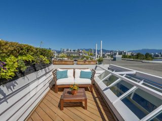 """Photo 14: 205 669 W 7TH Avenue in Vancouver: Fairview VW Townhouse for sale in """"THE IVY'S"""" (Vancouver West)  : MLS®# R2096318"""