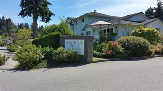 """Main Photo: 5 699 DOUGALL Road in Gibsons: Gibsons & Area Townhouse for sale in """"MARINA PLACE"""" (Sunshine Coast)  : MLS®# R2101060"""