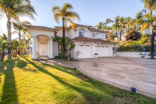 Photo 1: VISTA House for sale : 4 bedrooms : 1501 Maxwell Lane