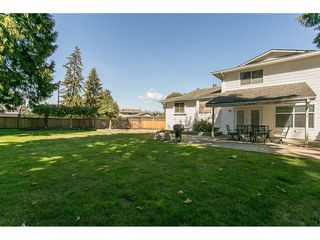 Photo 1: 20618 94B Avenue in Langley: Walnut Grove House for sale : MLS®# R2104373