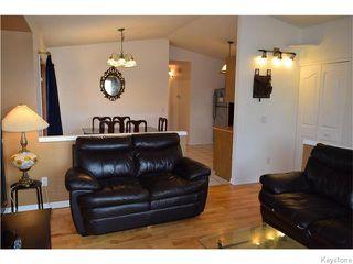 Photo 3: 240 Le Maire Street in Winnipeg: Grandmont Park Residential for sale (1Q)  : MLS®# 1626240