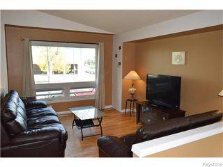 Photo 2: 240 Le Maire Street in Winnipeg: Grandmont Park Residential for sale (1Q)  : MLS®# 1626240