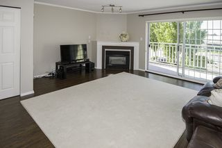 "Photo 2: 220 3571 CHATHAM Street in Richmond: Steveston Village Townhouse for sale in ""STEVESTON VILLAGE"" : MLS®# R2114524"