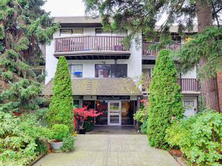 "Main Photo: 106 175 E 4TH Street in North Vancouver: Lower Lonsdale Condo for sale in ""HARBOUR COURT"" : MLS®# R2120350"