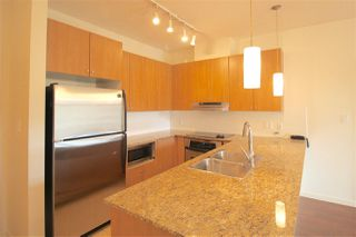 Photo 6: 212 15322 101 Avenue in Surrey: Guildford Condo for sale (North Surrey)  : MLS®# R2121213