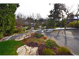 Photo 19: 3528 Plymouth Road in VICTORIA: OB Henderson Single Family Detached for sale (Oak Bay)  : MLS®# 372745