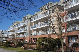 "Photo 20: 303 12 K DE K Court in New Westminster: Quay Condo for sale in ""DOCKSIDE"" : MLS®# R2135403"