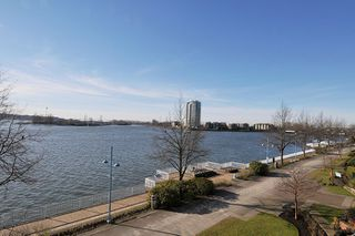 "Photo 19: 303 12 K DE K Court in New Westminster: Quay Condo for sale in ""DOCKSIDE"" : MLS®# R2135403"