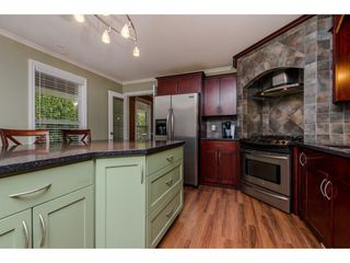 Photo 4: 9521 BROADWAY Street in Chilliwack: Chilliwack E Young-Yale House for sale : MLS®# R2142432