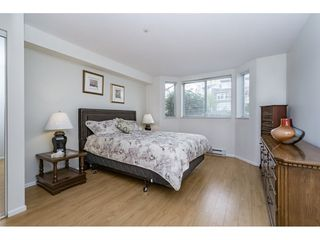 "Photo 12: 212 1575 BEST Street: White Rock Condo for sale in ""The Embassy"" (South Surrey White Rock)  : MLS®# R2160506"