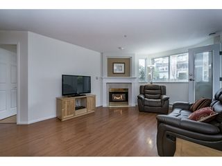 "Photo 5: 212 1575 BEST Street: White Rock Condo for sale in ""The Embassy"" (South Surrey White Rock)  : MLS®# R2160506"