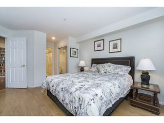 "Photo 13: 212 1575 BEST Street: White Rock Condo for sale in ""The Embassy"" (South Surrey White Rock)  : MLS®# R2160506"