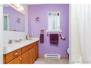 Photo 12: 188 Atkins Rd in VICTORIA: VR Six Mile Half Duplex for sale (View Royal)  : MLS®# 760564