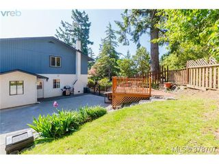 Photo 19: 188 Atkins Rd in VICTORIA: VR Six Mile Half Duplex for sale (View Royal)  : MLS®# 760564