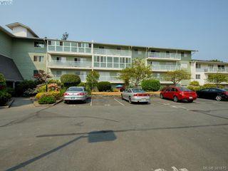 Photo 18: 402 1490 Garnet Road in VICTORIA: SE Cedar Hill Condo Apartment for sale (Saanich East)  : MLS®# 381875