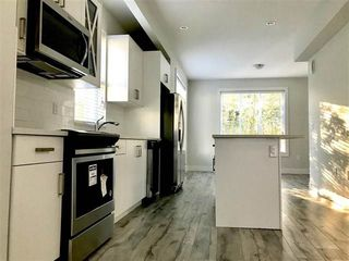 "Photo 3: 6 8699 158 Street in Surrey: Fleetwood Tynehead Townhouse for sale in ""FLEETWOOD PEAK"" : MLS®# R2211833"