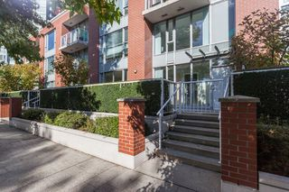 Photo 1: 47 KEEFER Place in Vancouver: Downtown VW Townhouse for sale (Vancouver West)  : MLS®# R2214665