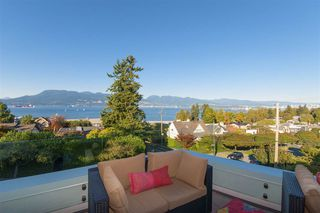 Photo 6: 1505 TOLMIE Street in Vancouver: Point Grey House for sale (Vancouver West)  : MLS®# R2224856