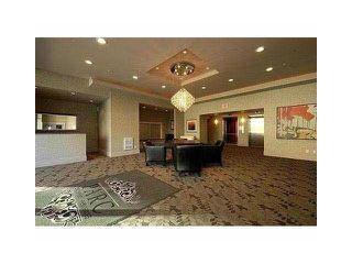 """Photo 18: 1903 2959 GLEN Drive in Coquitlam: North Coquitlam Condo for sale in """"PARC"""" : MLS®# R2239898"""