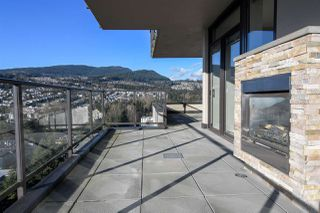 """Photo 13: 1903 2959 GLEN Drive in Coquitlam: North Coquitlam Condo for sale in """"PARC"""" : MLS®# R2239898"""