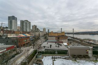 "Photo 15: 705 668 COLUMBIA Street in New Westminster: Quay Condo for sale in ""TRAPP & HOLBROOK"" : MLS®# R2244807"