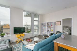 "Photo 3: 705 668 COLUMBIA Street in New Westminster: Quay Condo for sale in ""TRAPP & HOLBROOK"" : MLS®# R2244807"