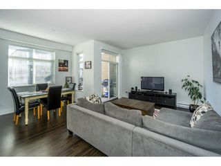 """Photo 3: 134 19433 68 Avenue in Surrey: Clayton Townhouse for sale in """"The Grove"""" (Cloverdale)  : MLS®# R2248020"""