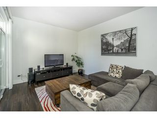 """Photo 4: 134 19433 68 Avenue in Surrey: Clayton Townhouse for sale in """"The Grove"""" (Cloverdale)  : MLS®# R2248020"""