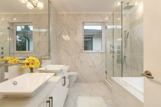 Photo 11: 3388 W KING EDWARD Avenue in Vancouver: Dunbar House for sale (Vancouver West)  : MLS®# R2269560