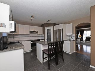 Photo 2: 134 TARALEA Manor NE in Calgary: Taradale House for sale : MLS®# C4186744