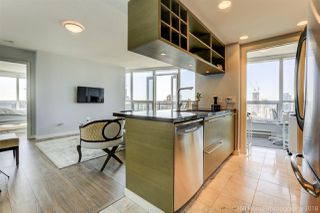 """Photo 3: 2806 833 SEYMOUR Street in Vancouver: Downtown VW Condo for sale in """"Capitol Residences"""" (Vancouver West)  : MLS®# R2282262"""