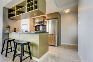 """Photo 5: 2806 833 SEYMOUR Street in Vancouver: Downtown VW Condo for sale in """"Capitol Residences"""" (Vancouver West)  : MLS®# R2282262"""