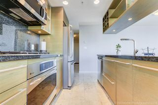 """Photo 7: 2806 833 SEYMOUR Street in Vancouver: Downtown VW Condo for sale in """"Capitol Residences"""" (Vancouver West)  : MLS®# R2282262"""