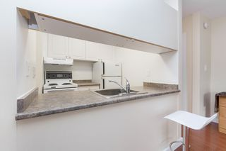 "Photo 7: 214 436 SEVENTH Street in New Westminster: Uptown NW Condo for sale in ""Regency Court"" : MLS®# R2289839"