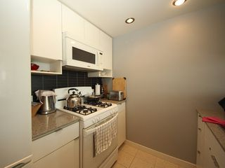 "Photo 7: 2903 928 BEATTY Street in Vancouver: Yaletown Condo for sale in ""MAX 1"" (Vancouver West)  : MLS®# R2294406"