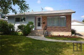 Main Photo: 7 Waterford Bay in Winnipeg: West Fort Garry Residential for sale (1Jw)  : MLS®# 1812717