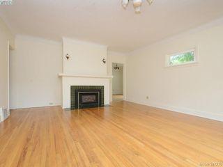 Photo 2: 605 Victoria Avenue in VICTORIA: OB South Oak Bay Single Family Detached for sale (Oak Bay)  : MLS®# 397275