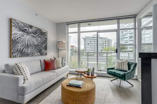 "Photo 2: 411 298 E 11TH Avenue in Vancouver: Mount Pleasant VE Condo for sale in ""THE SOPHIA"" (Vancouver East)  : MLS®# R2302593"