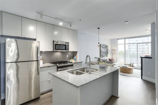 "Photo 9: 411 298 E 11TH Avenue in Vancouver: Mount Pleasant VE Condo for sale in ""THE SOPHIA"" (Vancouver East)  : MLS®# R2302593"