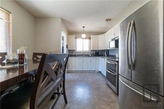 Photo 7: 23 Olivewood Crescent in Winnipeg: Meadowood Residential for sale (2E)  : MLS®# 1823724