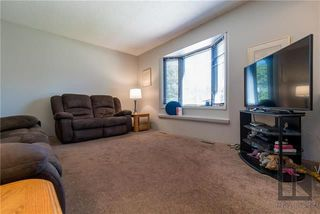 Photo 2: 23 Olivewood Crescent in Winnipeg: Meadowood Residential for sale (2E)  : MLS®# 1823724